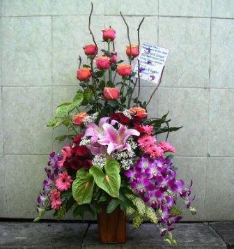 Rangkaian Bunga Vas Hub 085733280001 Jual Rangkaian Bunga Meja Surabaya Jual Rangkaian Bunga Online Disurabaya